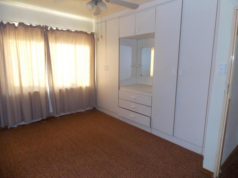 House with 2 Flatlets For Sale in Steelpark, Vereeniging