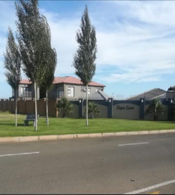 Property For Sale in Three Rivers East, Vereeniging