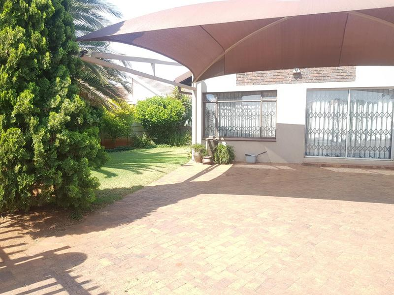 Property For Sale in Golf Park, Meyerton 3