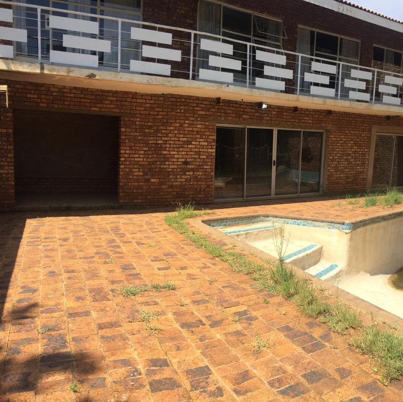 Property For Sale in De Deur Estates, Vereeniging 5