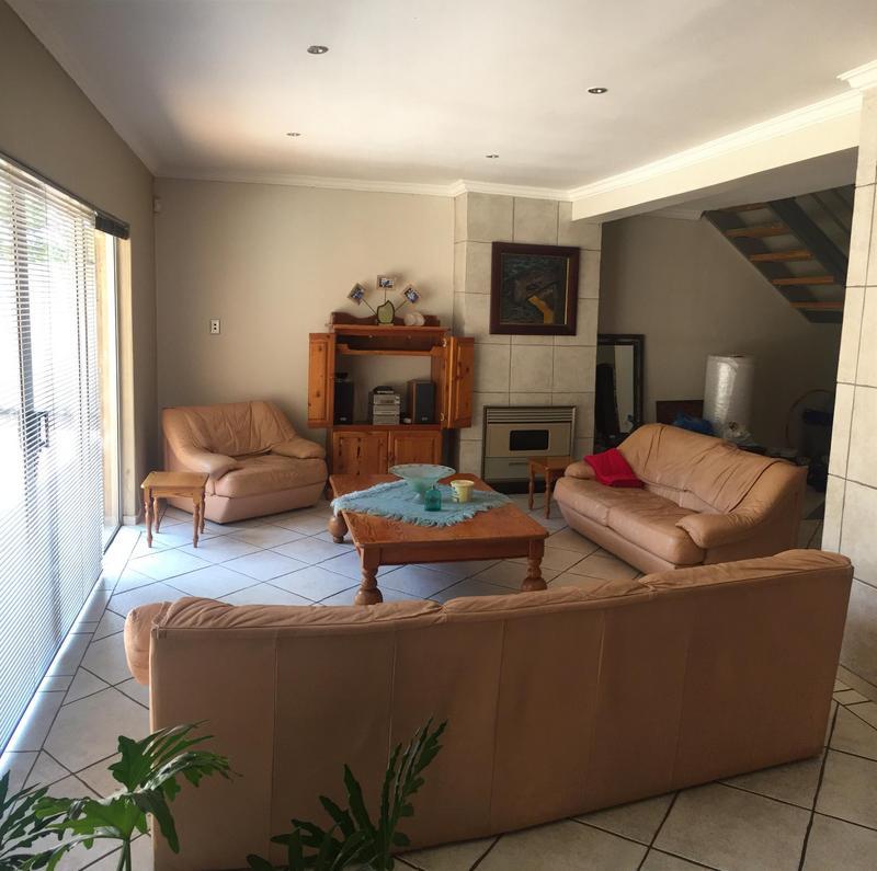 Property For Sale in De Deur Estates, Vereeniging 11