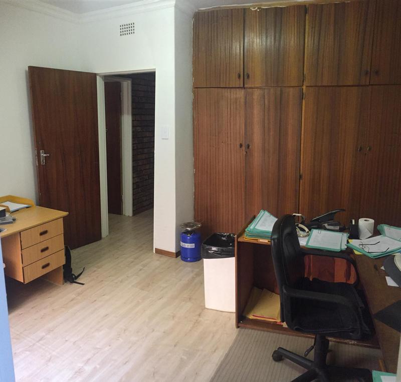 Property For Sale in De Deur Estates, Vereeniging 25