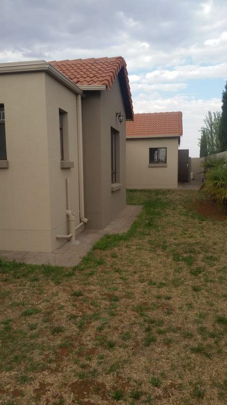 Property For Sale in Three Rivers East, Vereeniging 4