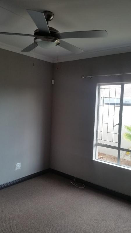 Property For Sale in Three Rivers East, Vereeniging 27