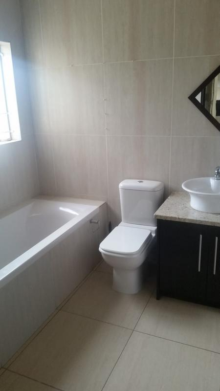 Property For Sale in Three Rivers East, Vereeniging 30