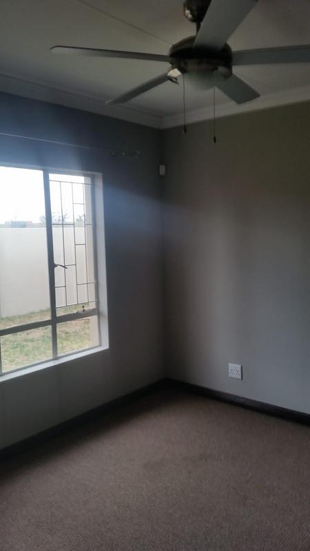 Property For Sale in Three Rivers East, Vereeniging 32