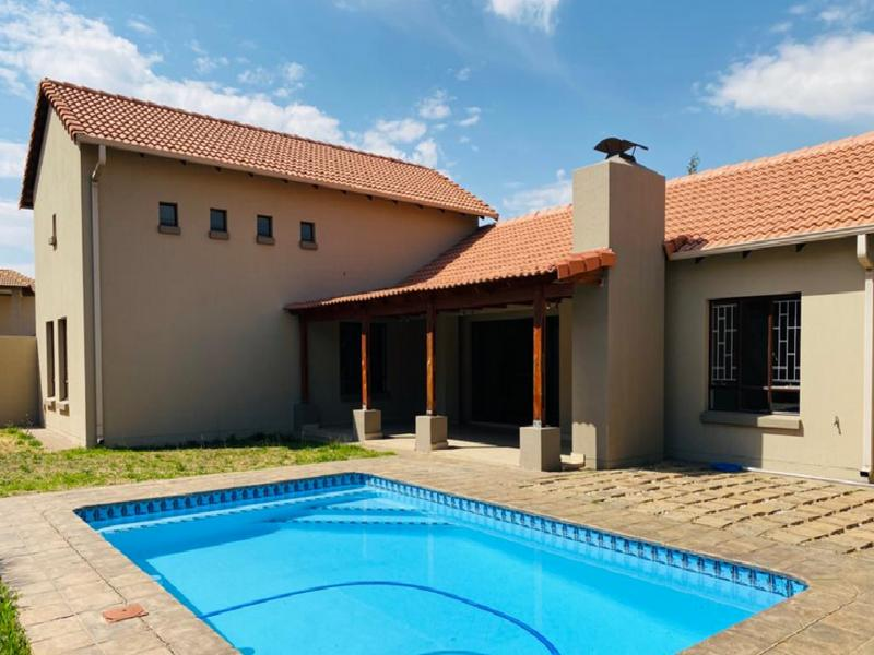 Property For Sale in Three Rivers East, Vereeniging 8