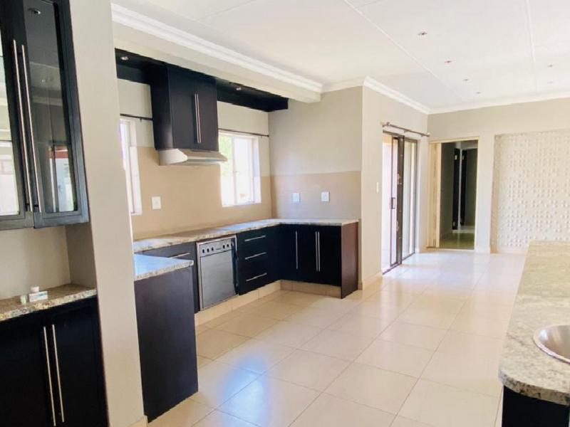 Property For Sale in Three Rivers East, Vereeniging 18