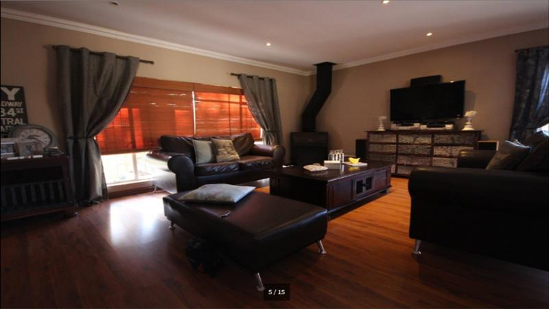 Property For Sale in Three Rivers North, Vereeniging 6