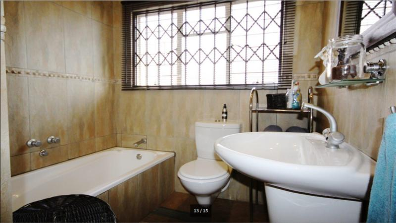 Property For Sale in Three Rivers North, Vereeniging 14