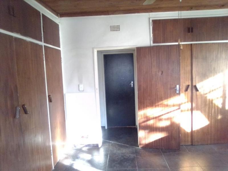 Property For Sale in Duncanville, Vereeniging 9