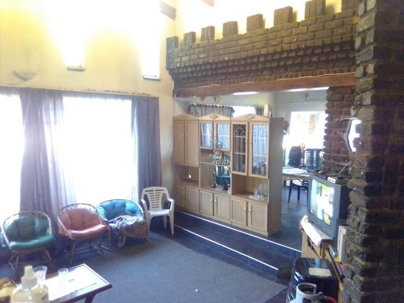 Property For Sale in Duncanville, Vereeniging 4