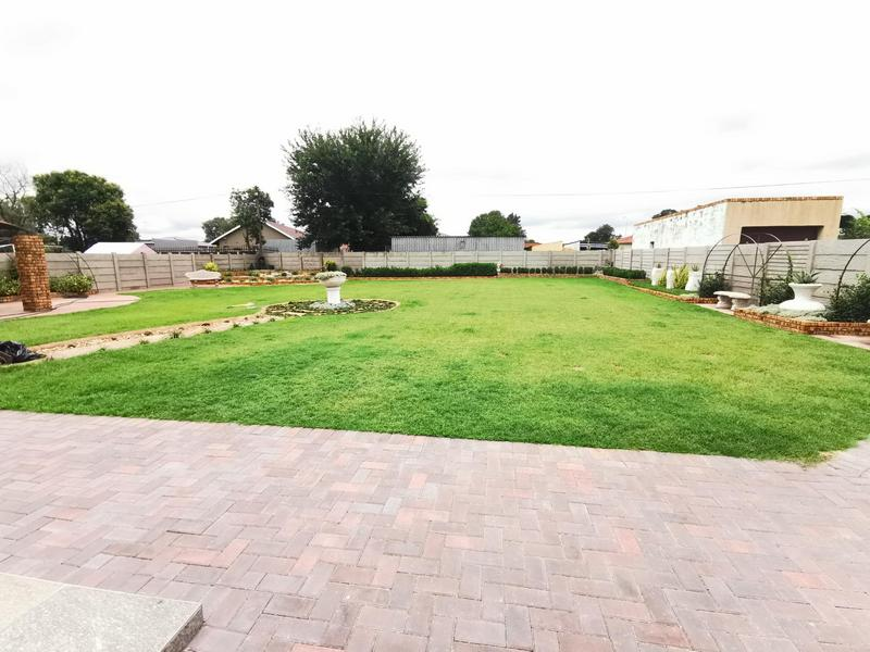 Property For Sale in Rothdene, Meyerton 17