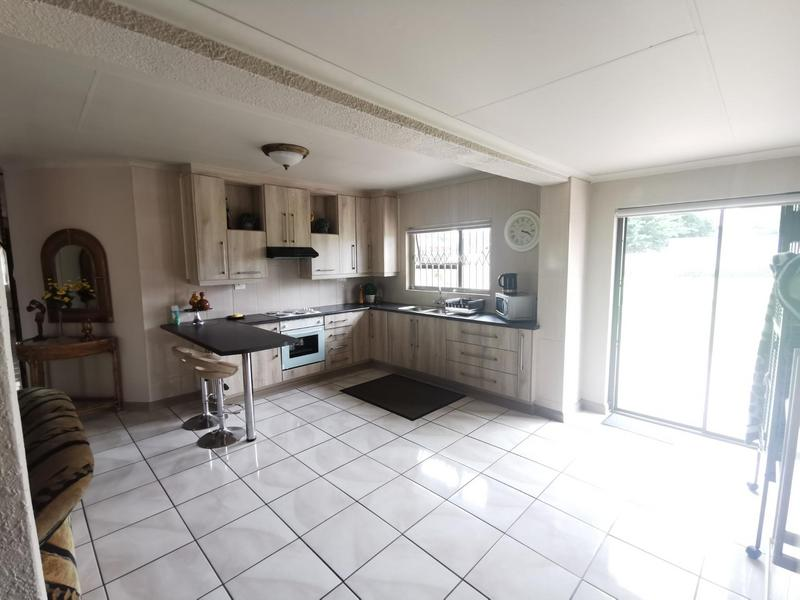 Property For Sale in Rothdene, Meyerton 8