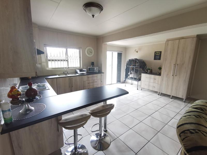 Property For Sale in Rothdene, Meyerton 9