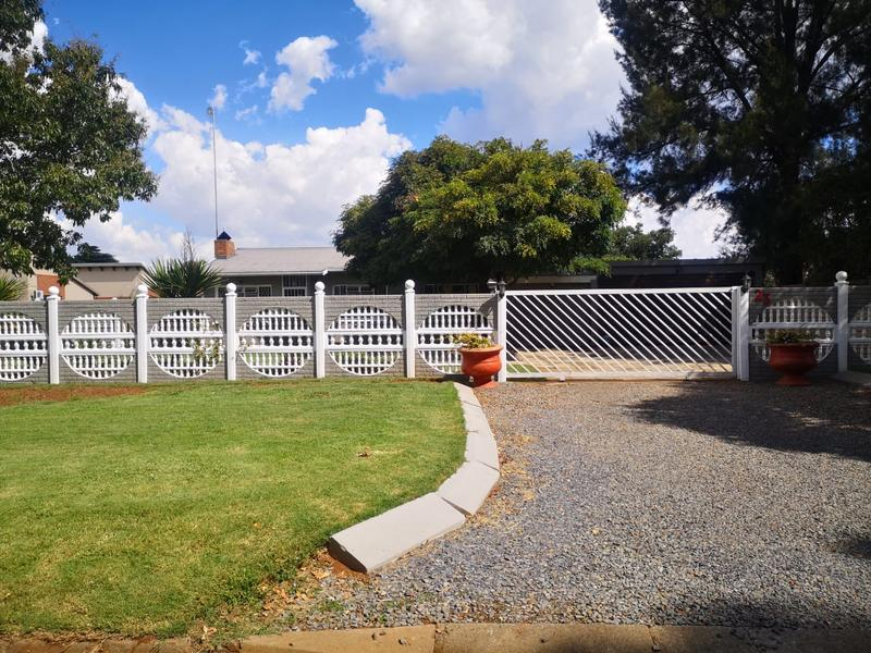 Property For Sale in Meyerton Central, Meyerton 2