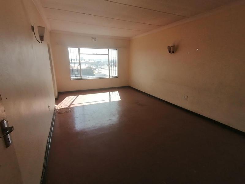 Property For Sale in Vereeniging Central, Vereeniging 4
