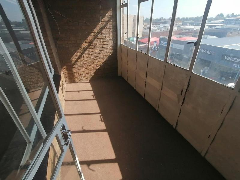 Property For Sale in Vereeniging Central, Vereeniging 8