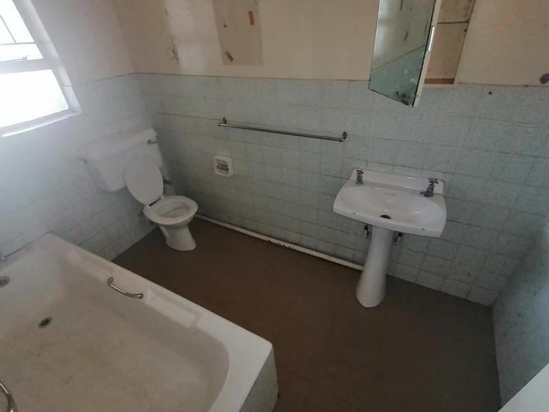Property For Sale in Vereeniging Central, Vereeniging 6
