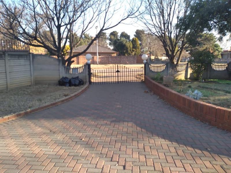 Property For Sale in Duncanville, Vereeniging 2