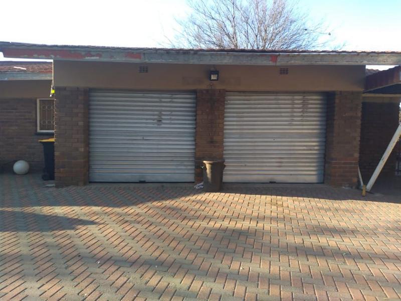 Property For Sale in Duncanville, Vereeniging 3