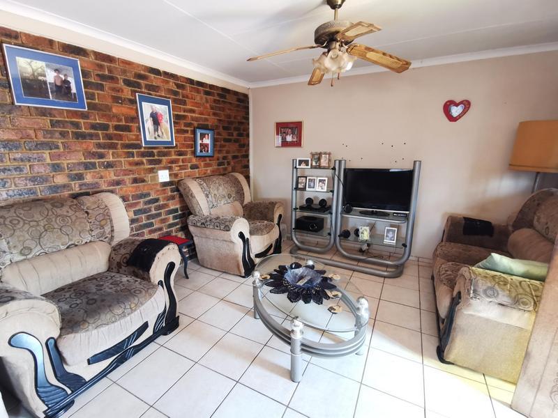 Property For Sale in Henley-On-Klip, Randvaal 4
