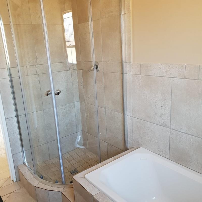 Townhouse For Rent in Riversdale, Meyerton